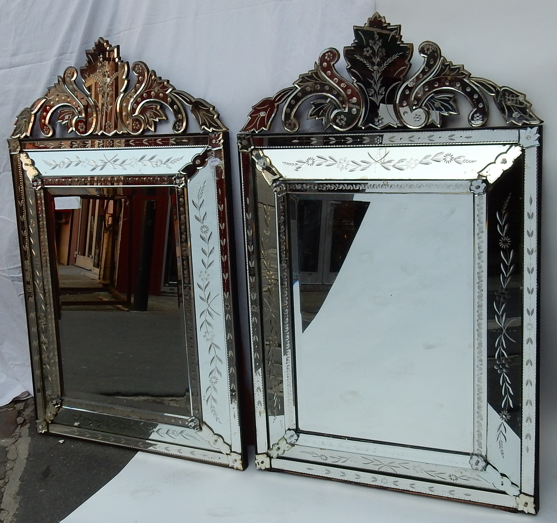 1950 S Pair Of Venetian Mirrors With Floral Decor And Pediment Abcpascal Antiquites